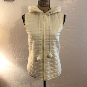 For Cynthia quilted vest with hood, size medium